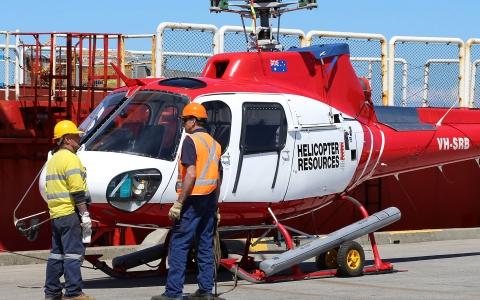 L'hélicoptère de l'Astrolabe